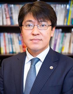 久保木亮介弁護士の写真
